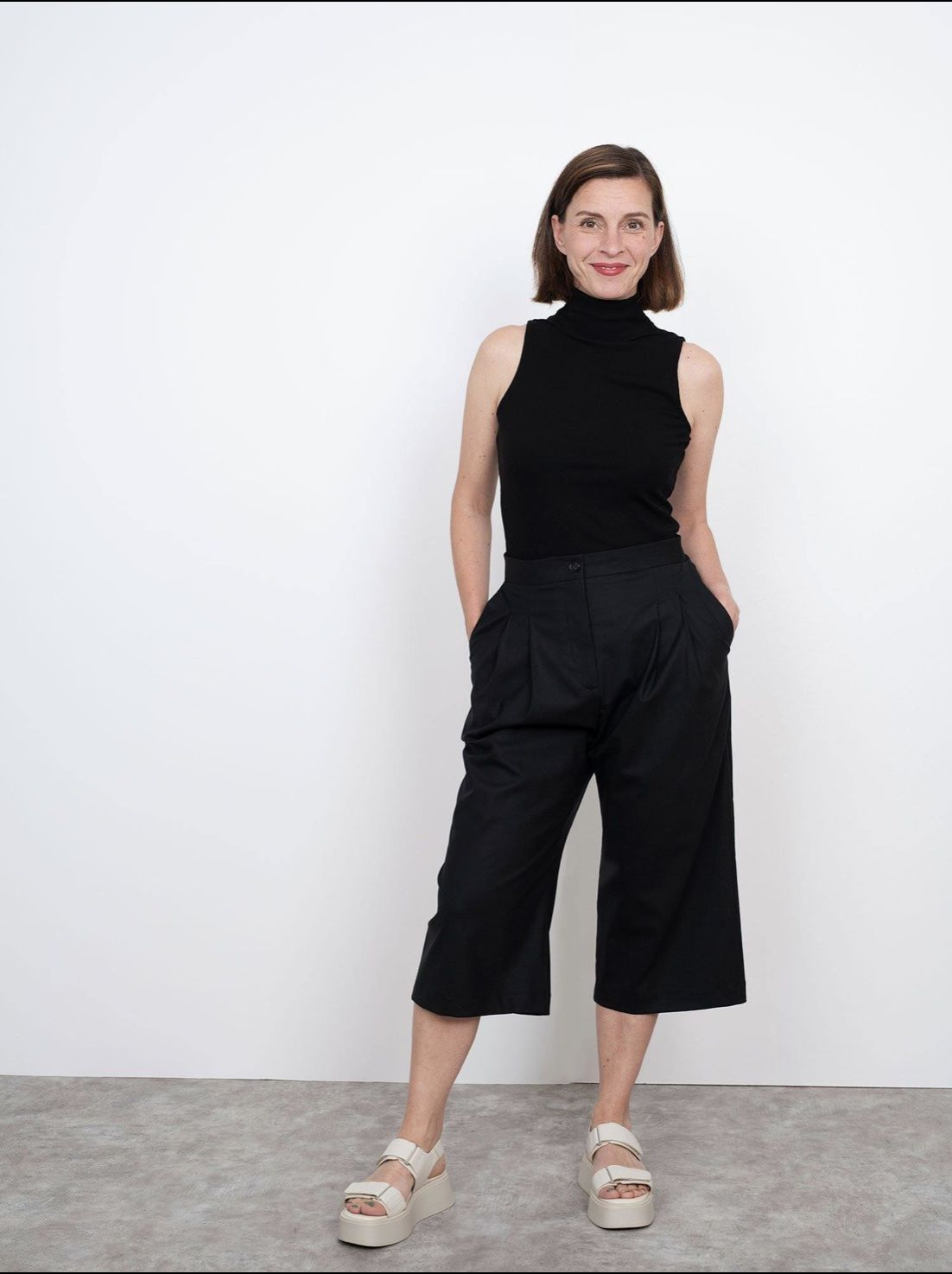 The Assembly Line HIGH-WAISTED TROUSERS PATTERN XL-3XL